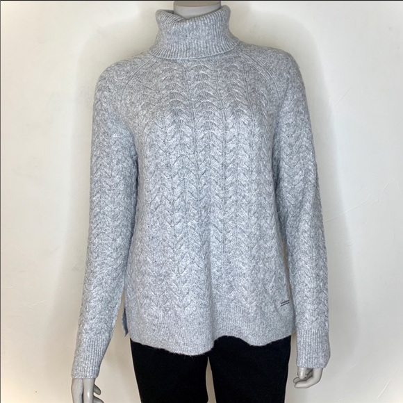 🆕 with tags. Michael Kors cable knit sweater.